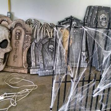 Freakshow/ Halloween Theme